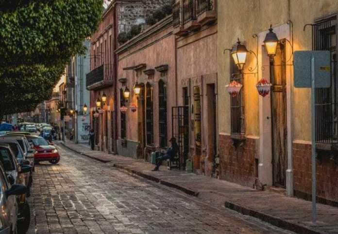 Te mudas a Querétaro? Conoce las Mejores Zonas Para Vivir | U-Storage