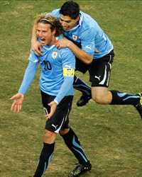 FIFA World Cup : Diego Forlan & Luis Suarez (Uruguay vs Ghana) - (Gettyimages)