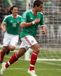 Amistoso Mexico-Paraguay: Javier Hernandez celebra su gol
