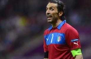Gigi Buffon - Italy