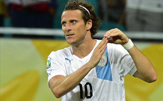 Diego Forlan, Nigeria - Uruguay (Confederations Cup)