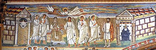 Mosaico en Santa María la Mayor, Roma, detalle de la  ANUNCIACIÓN, el espíritu Santo en forma de paloma, el ángel anuncia a María que aparece como emperatriz con los pies apoyados sobre escabel ,transferencia iconográfica imperial, acompañada por ángeles.