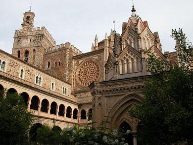 Monasterio de Guadalupe(Cáceres) Claustro Mudejar