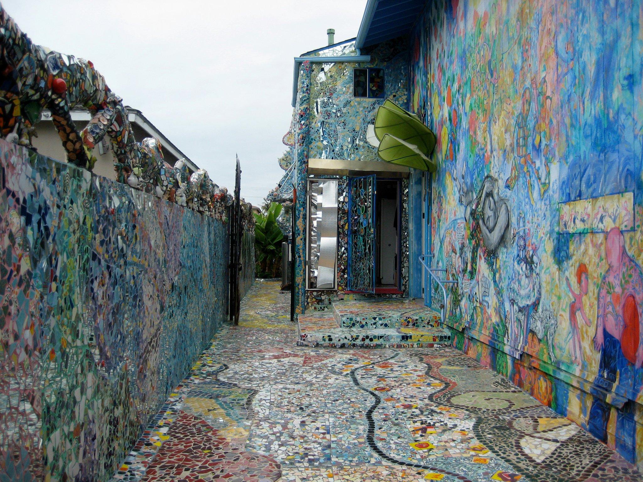 venice beach the mosaic tile house
