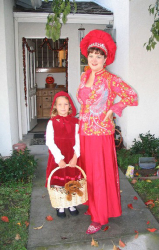 Red Queen and Little Red Riding Hood