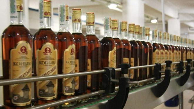 В Украине запретят коньяк и шампанское