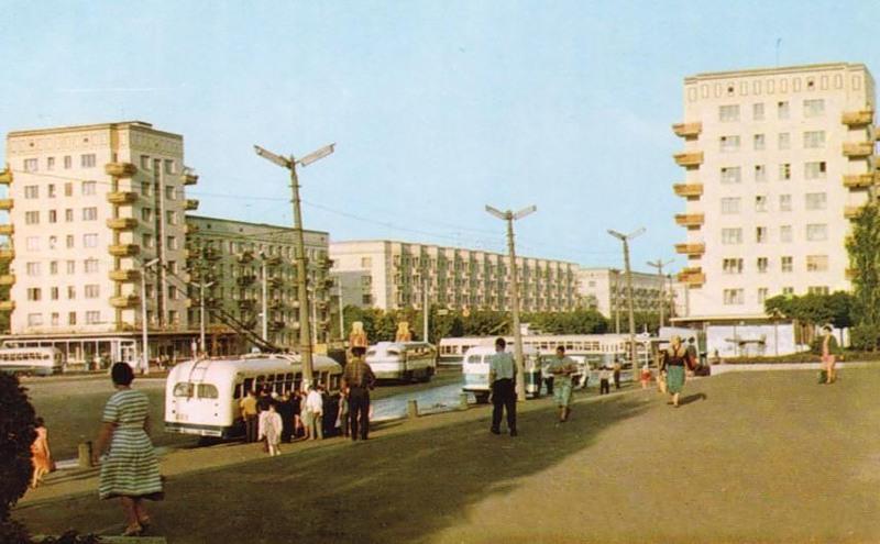 Площадь Победы, 1960-е годы