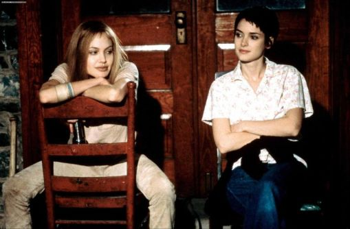 Girl-Interrupted-Movie-Still-girl-interrupted-16264613-2280-1500-810x532