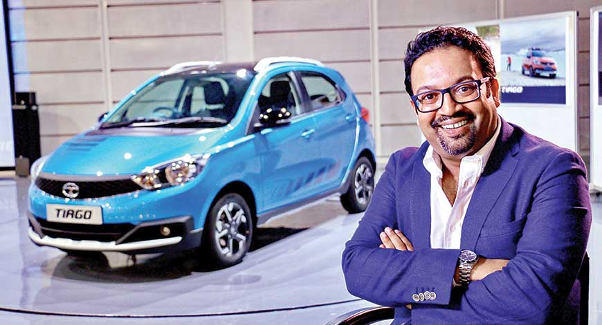 Tata Motors Design Head Pratap Bose resigned from the job. The reasons behind the following decision are not clear yet. Martin Uhlarik has been appointed as the new Global Design Head