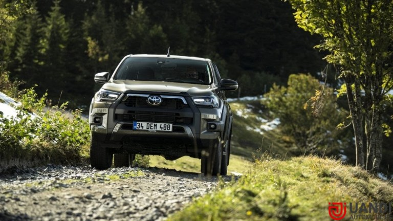 The next-generation model of the all-new Toyota Fortuner 2022 is spied testing abroad. reportedly it will be more electric and offering plenty of new features to the buyers. In India, it competes with Mg Gloster and Ford Endeavour. however, both its competitors are far behind if compare the sales figures.