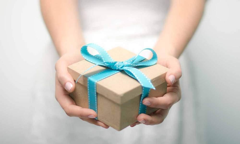 hadiah-untuk-rekan-bisnis