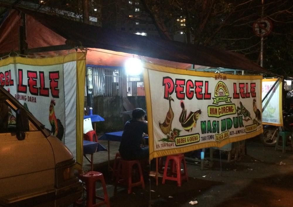 bisnis_kuliner_warung_tenda