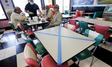 makan-di-restoran-new-normal