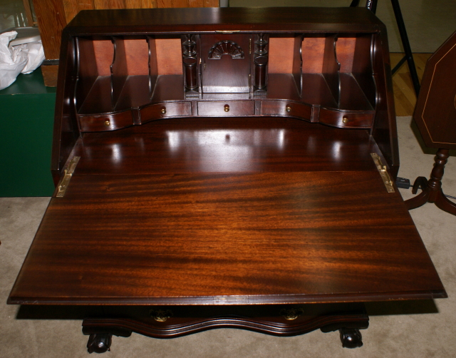 Chippendale Mahogany Antique Governor Winthrop Desk