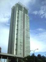 Roxas Triangle Tower/ Paseo de Roxas/ SOM