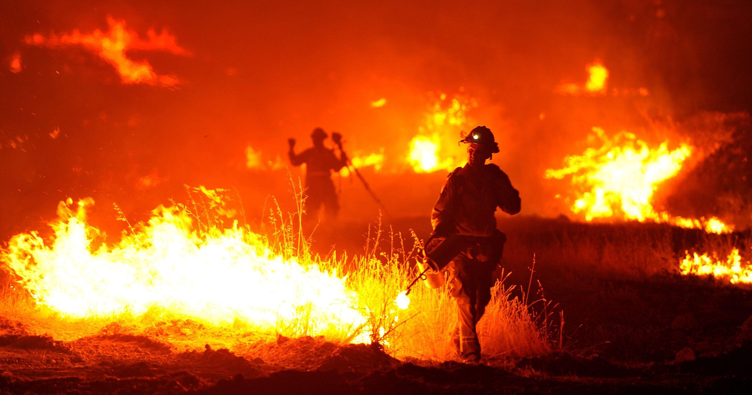 635743657212139196-AP-APTOPIX-California-Wildfires.1