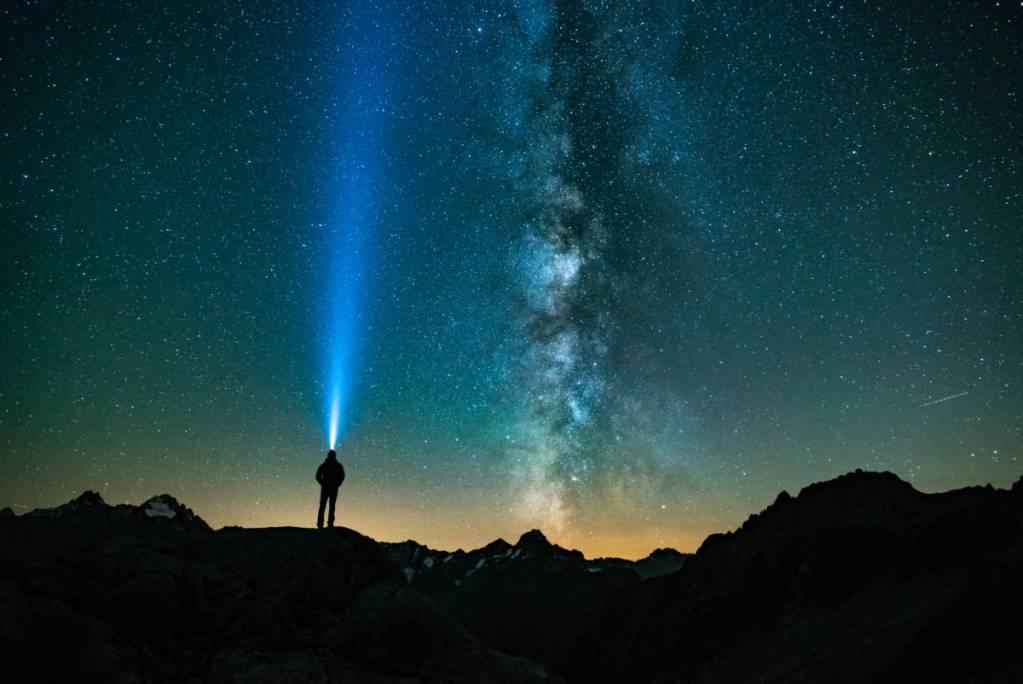 Julien Ferrandez Sous La Voie Lactée Proche Du Refuge Du Soreiller