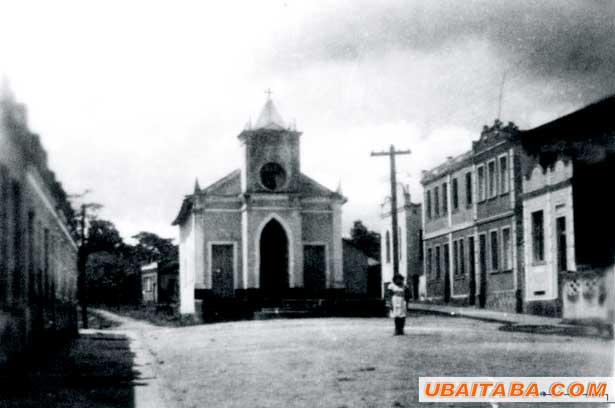 Praça_da_igreja de Ubaitaba