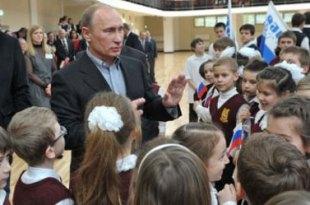 Rússia proibirá adoção de crianças por casais homossexuais