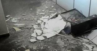 Prédio de Juizados Especiais em Itabuna é interditado após reboco do teto cair