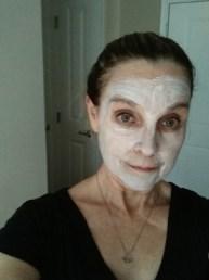 applying the detox mud mask