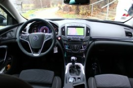 Opel Insignia 2.0CDTi_011