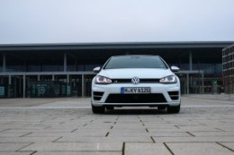 VW Golf R_019