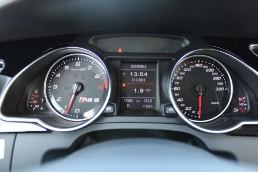 Audi RS5 Coupé_060