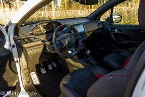 Peugeot 208GTi_016