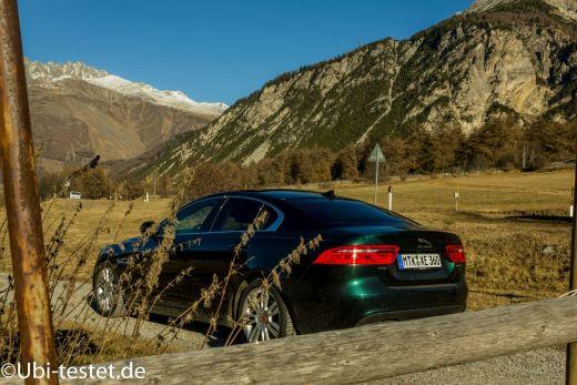Jaguar XE 2.0d_017