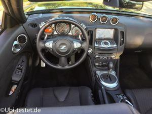 Nissan 370Z Roadster_010