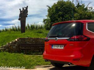 Opel Zafira Heck rot