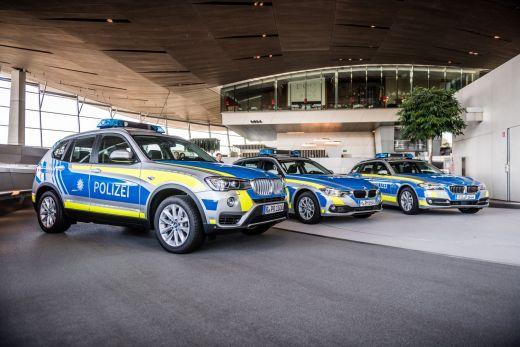 BMW Streifenwagen silber blau Bayern