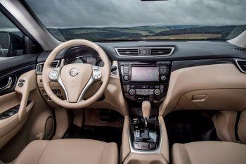 Nissan X-Trail Innenraum beige