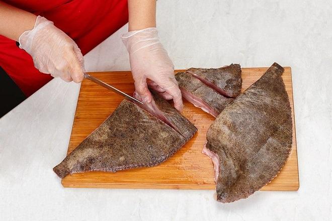 Hal előkészítés a filé vágására