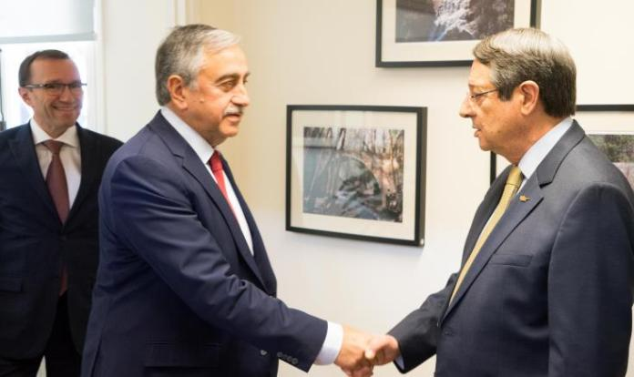 President Anastasiades and Mustafa Akinci to meet over possible measures against coronavirus