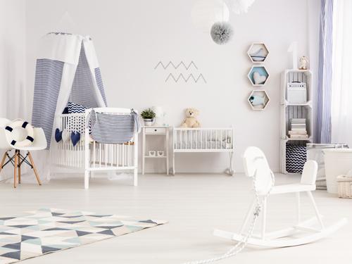 une chambre de bebe neutre concue pour les deux sexes