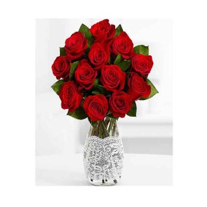 12 Red Roses Hand Bunch