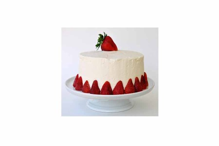 Half Kg Strawberry Cake