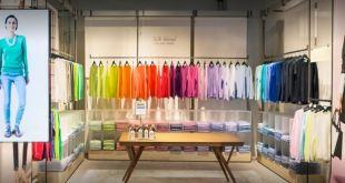 Chiuso il negozio Benetton di via Cassia a Roma
