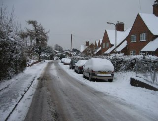 looking_down_sherborne_road_-_geograph-org-uk_-_1145471
