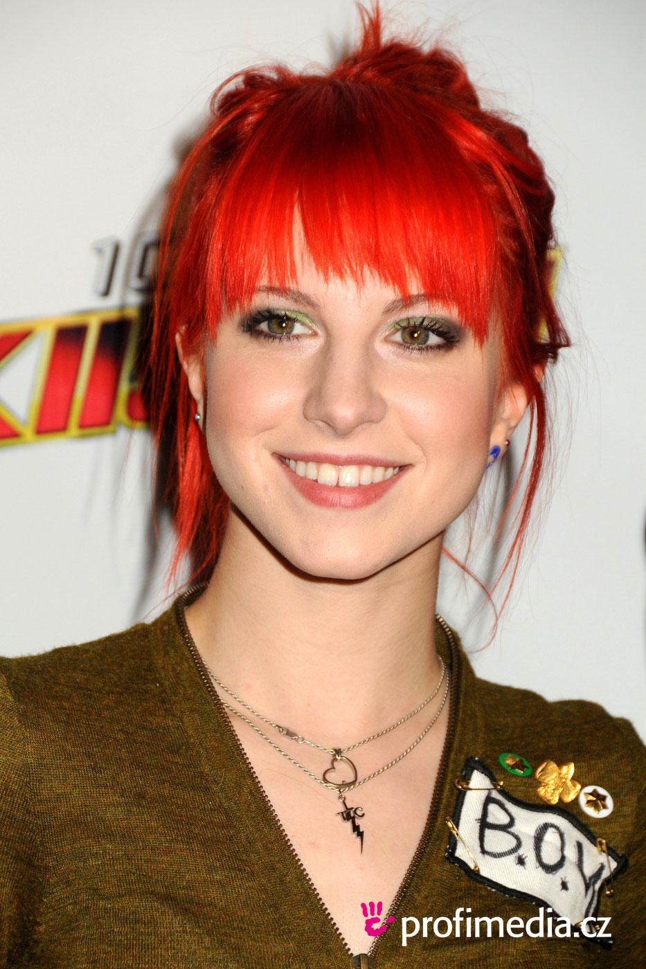 Hayley Williams Hairstyle EasyHairStyler