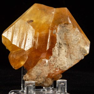 Calcite (twinned)