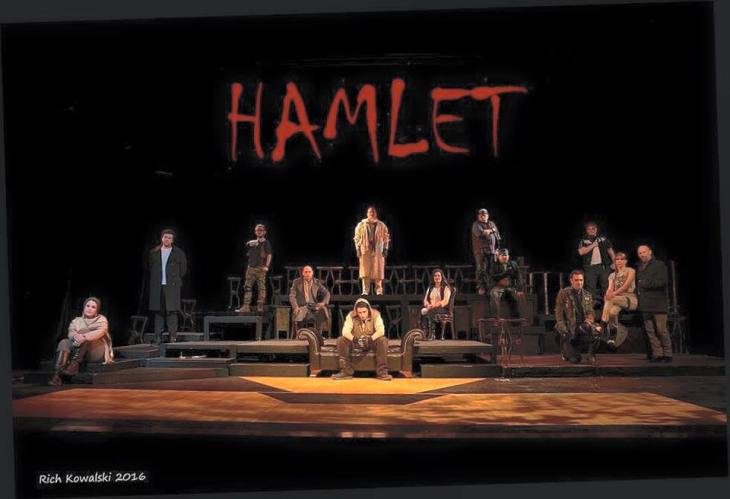 Production of Hamlet (2016)