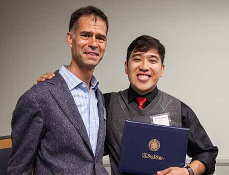 Image: Associate Professor Michael Provence with Nhat-Dang Do.