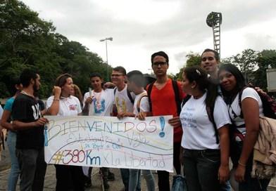 Fotogalería: Así llegaron los caminantes de Barquisimeto a la UCV