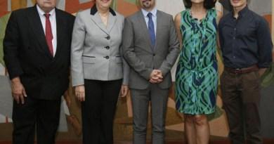 UCV y Embajada de Francia promeven alianzas universitarias