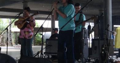 """Grupo """"La Dama"""" llenó de música a la Plaza Cubierta de la UCV"""