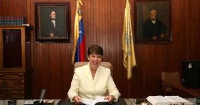 Rectora García-Arocha envía mensaje a empleados universitarios