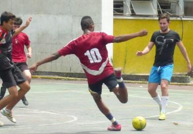 FaCES celebra aniversario con amistoso de futbolito